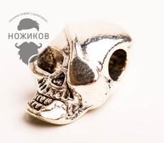 Бусина для темляка Пиратский череп