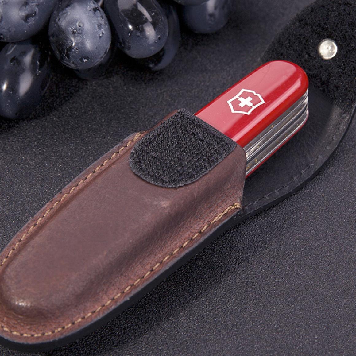 Фото 6 - Чехол для ножей Victorinox Leather Belt Pouch, коричневый, кожа