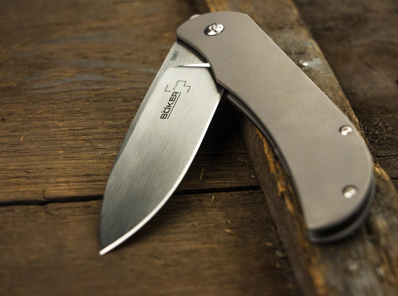 Фото 9 - Складной нож Exskelibur 1 Titanium, Boker Plus 01BO133, сталь CPM-S35VN Satin Plain, рукоять титан, серый