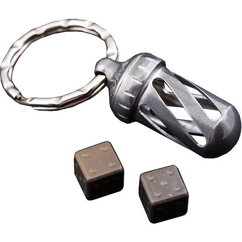 Брелок-капсула с игральными кубиками Acorn Dice Bronze Titanium, Lion Steel, Нержавеющая сталь AISI 440, бронза, L/DD TiBr. Вид 2