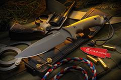 Нож с фиксированным клинком William Harsey Difensa (Black SpartaCoat/Green Micarta/Black Sheath) 15.9 см.