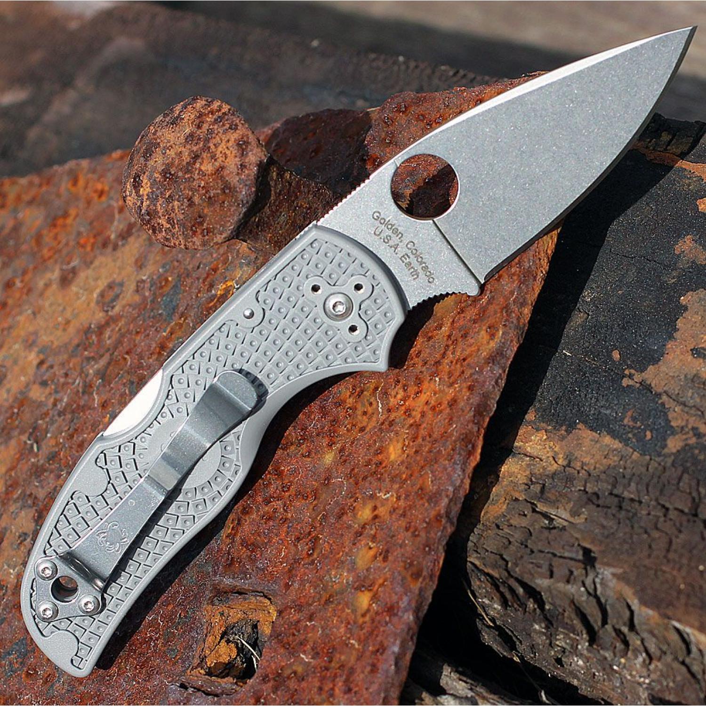 Фото 5 - Нож складной Native Spyderco 41PGY5, сталь Carpenter CTS™ - Maxamet® Micro-Melt® Alloy Satin Plain, рукоять термопластик FRN, серый
