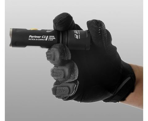 Фонарь светодиодный тактический Armytek Partner C1 Pro v3, 800 лм. Вид 8