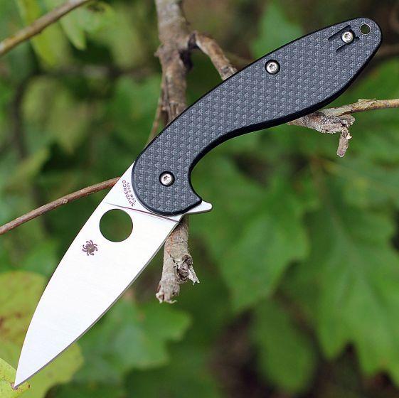 Фото 5 - Складной нож Spyderco Sliverax 228CFP, сталь CPM® S30V™ Satin Plain, рукоять карбон/стеклотекстолит G10, чёрный