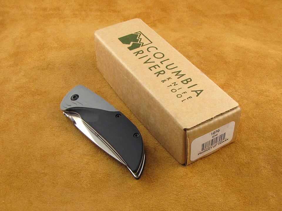 Фото 5 - Полуавтоматический складной нож Koji Hara Ichi, CRKT 1070, сталь 420J2 Satin, рукоять Kraton/Zytel