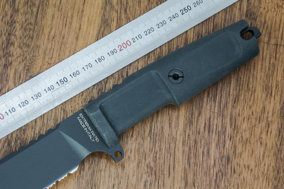 Фото 12 - Нож с фиксированным клинком Extrema Ratio Task Black 1/3 Serrated, сталь Bhler N690, рукоять прорезиненный форпрен