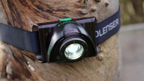 Фонарь светодиодный налобный LED Lenser MH6, черный, 200 лм, аккумулятор. Вид 9