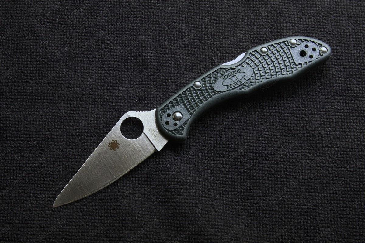 Фото 3 - Складной нож Delica 4 - Spyderco C11PGRE, сталь ZDP-189 Satin Plain, рукоять высококачественный термопластик FRN, зелёный (British Racing Green)